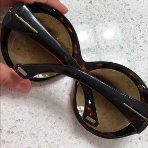 d62a2efbc3b3 Tom Ford Accessories - Tom Ford Alessandra Sunglasses Tortoise Ombré. HTF
